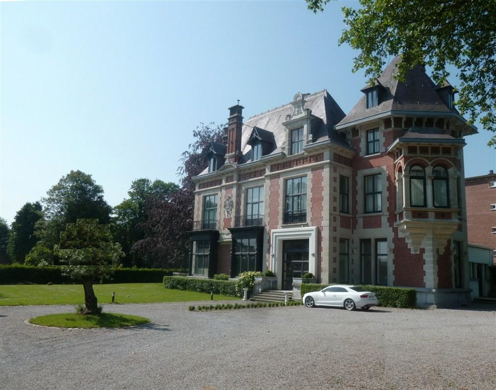 demeure du 28 rue de Wailly a Tourcoing habitee par leur fils Charles Prouvost qui etait marie avec Eugenie Masurel.