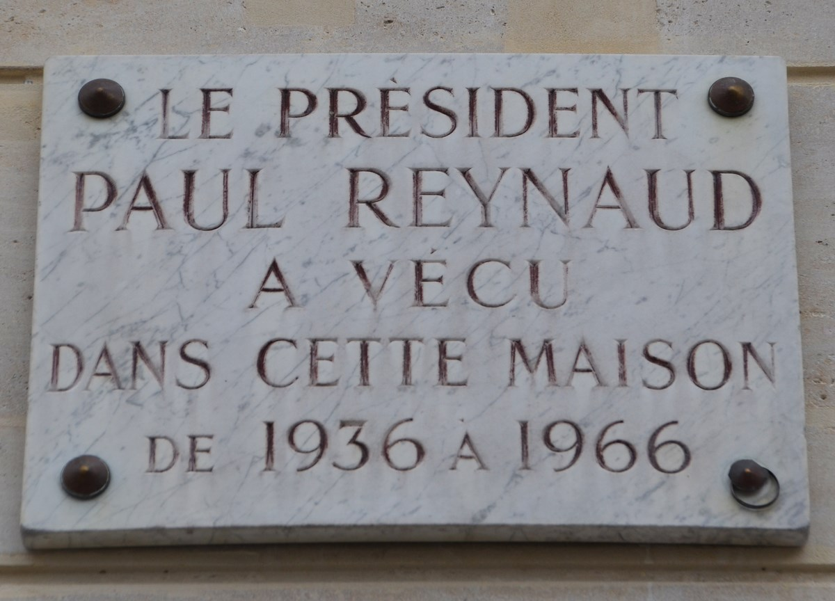 Reynaud_plaque,_5_Place_de_Palais_Bourbon,_Paris_7.