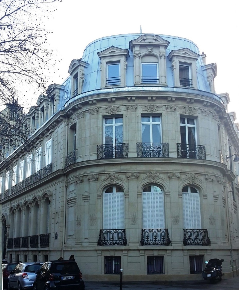 segur-Pierre-de-45-avenue-Iena-Paris
