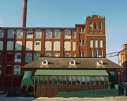 Woonsocket Tiberghien usine